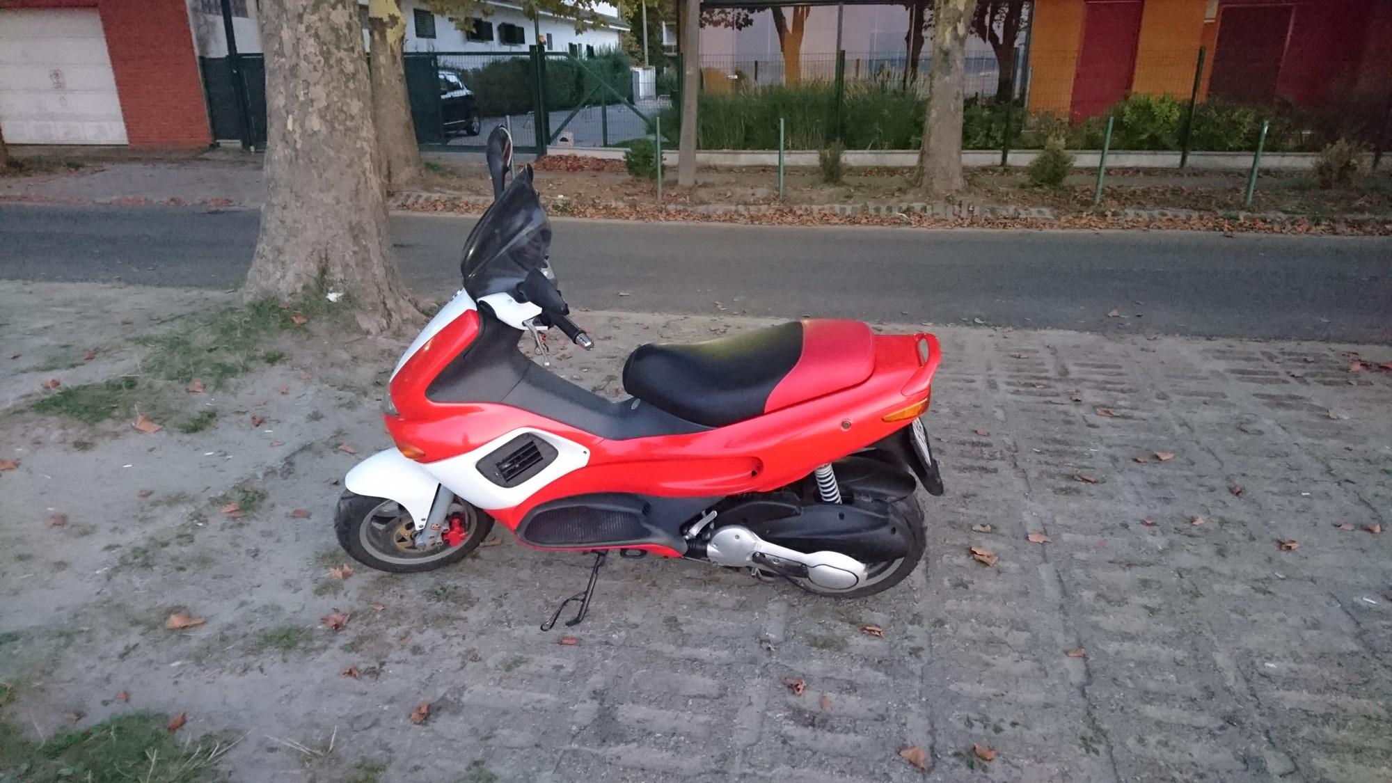 GILERA FX125, 2. kép