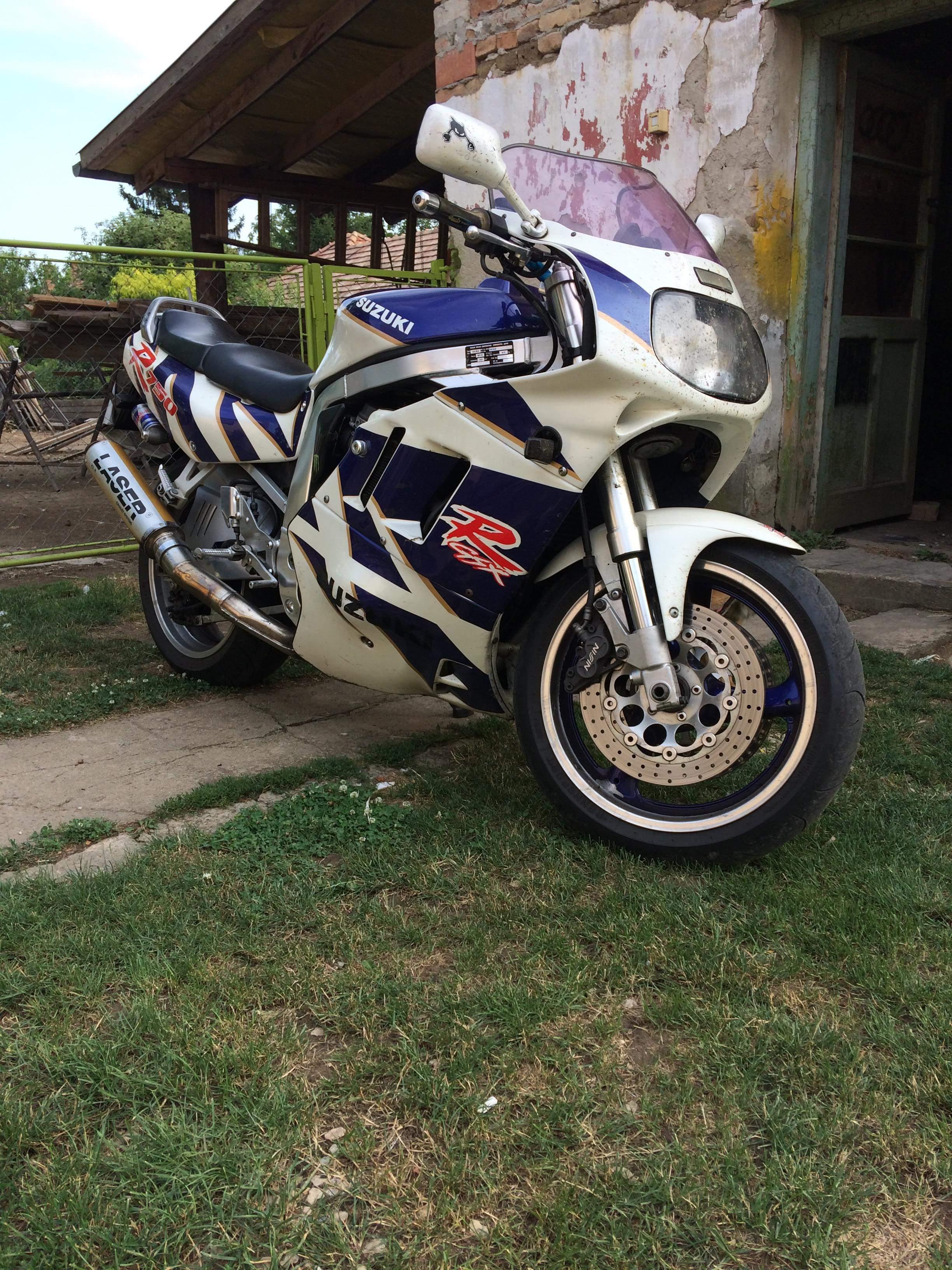 SUZUKI GSXR750, 1. kép