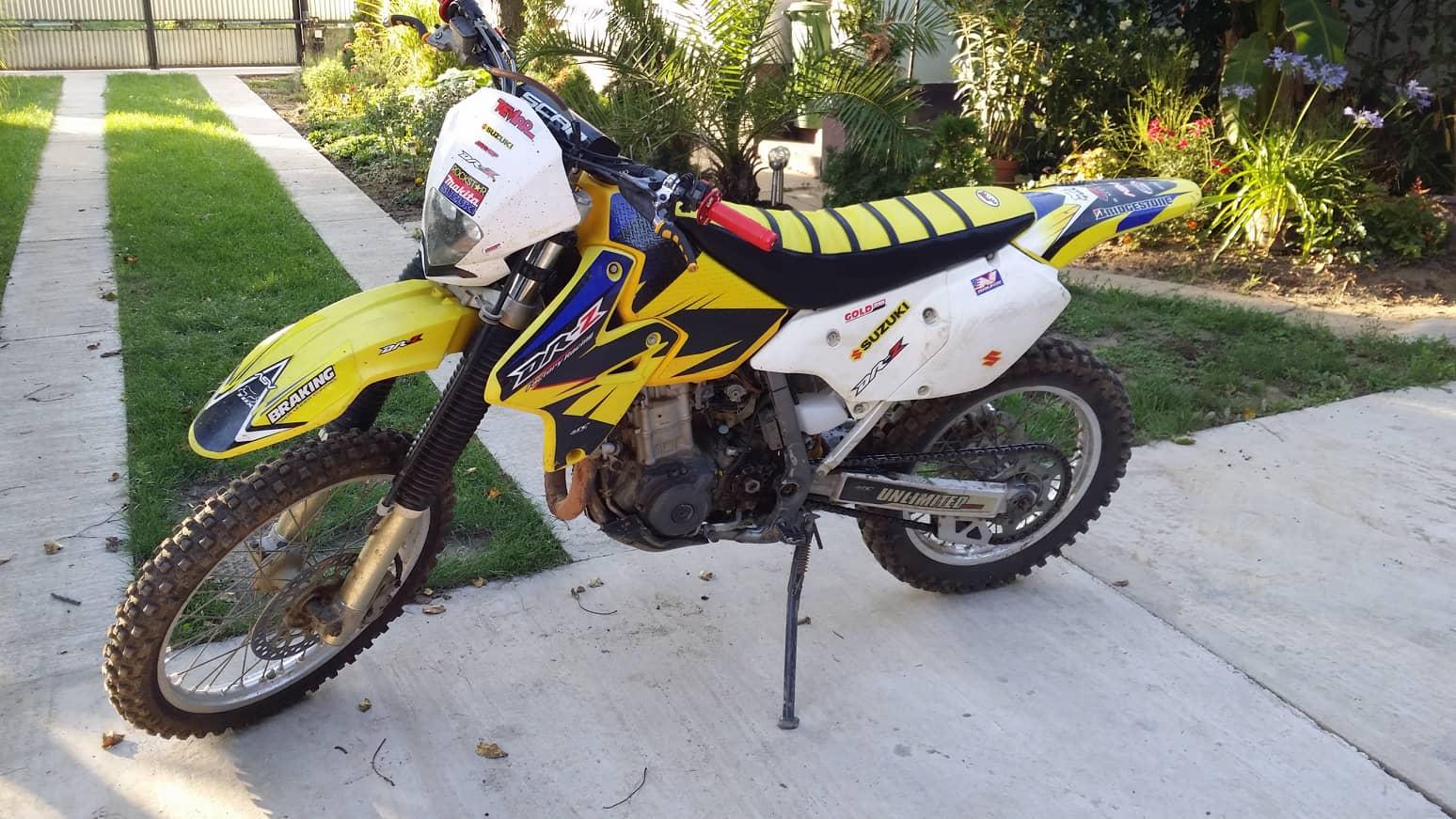 SUZUKI DRZ-400 E, 2. kép