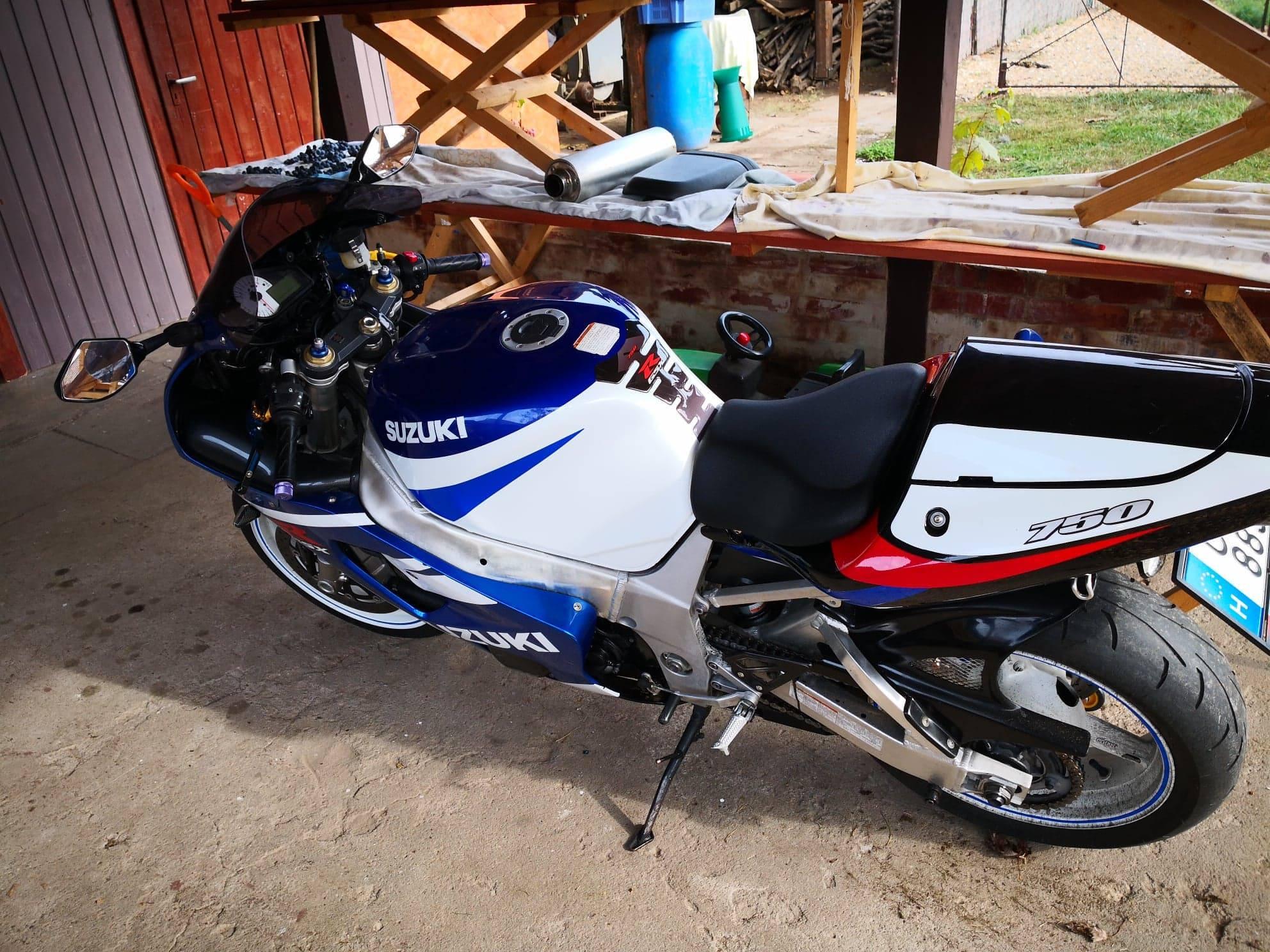 SUZUKI GSX-R 750, 2. kép