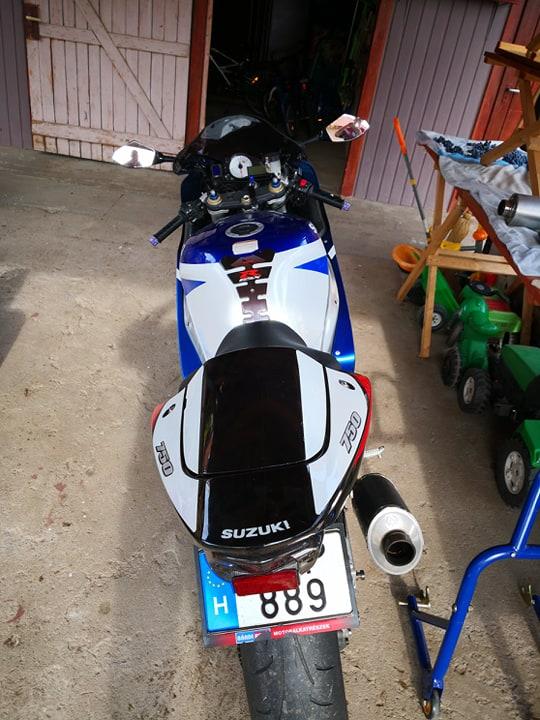 SUZUKI GSX-R 750, 3. kép