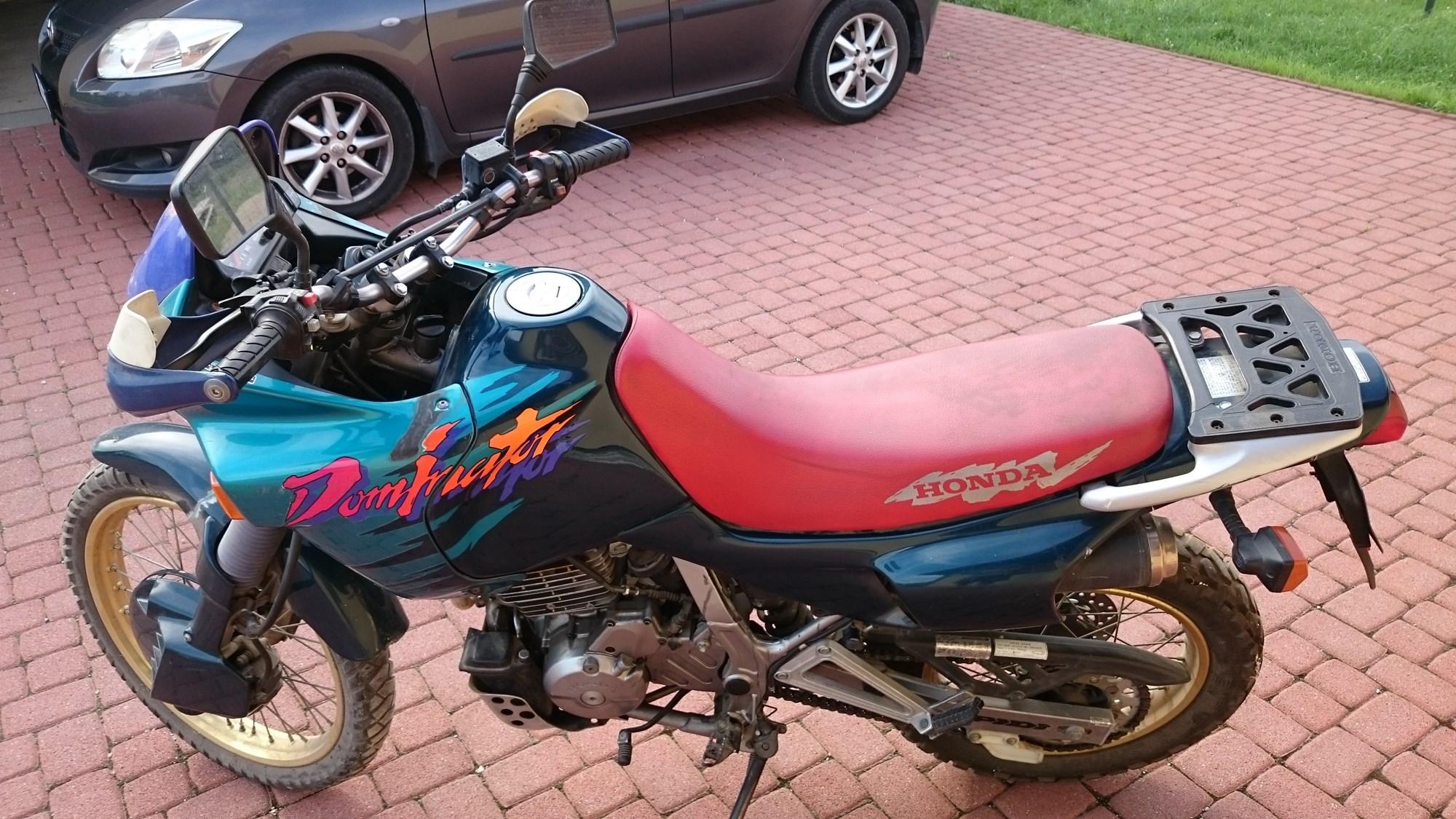 HONDA NX650, 4. kép