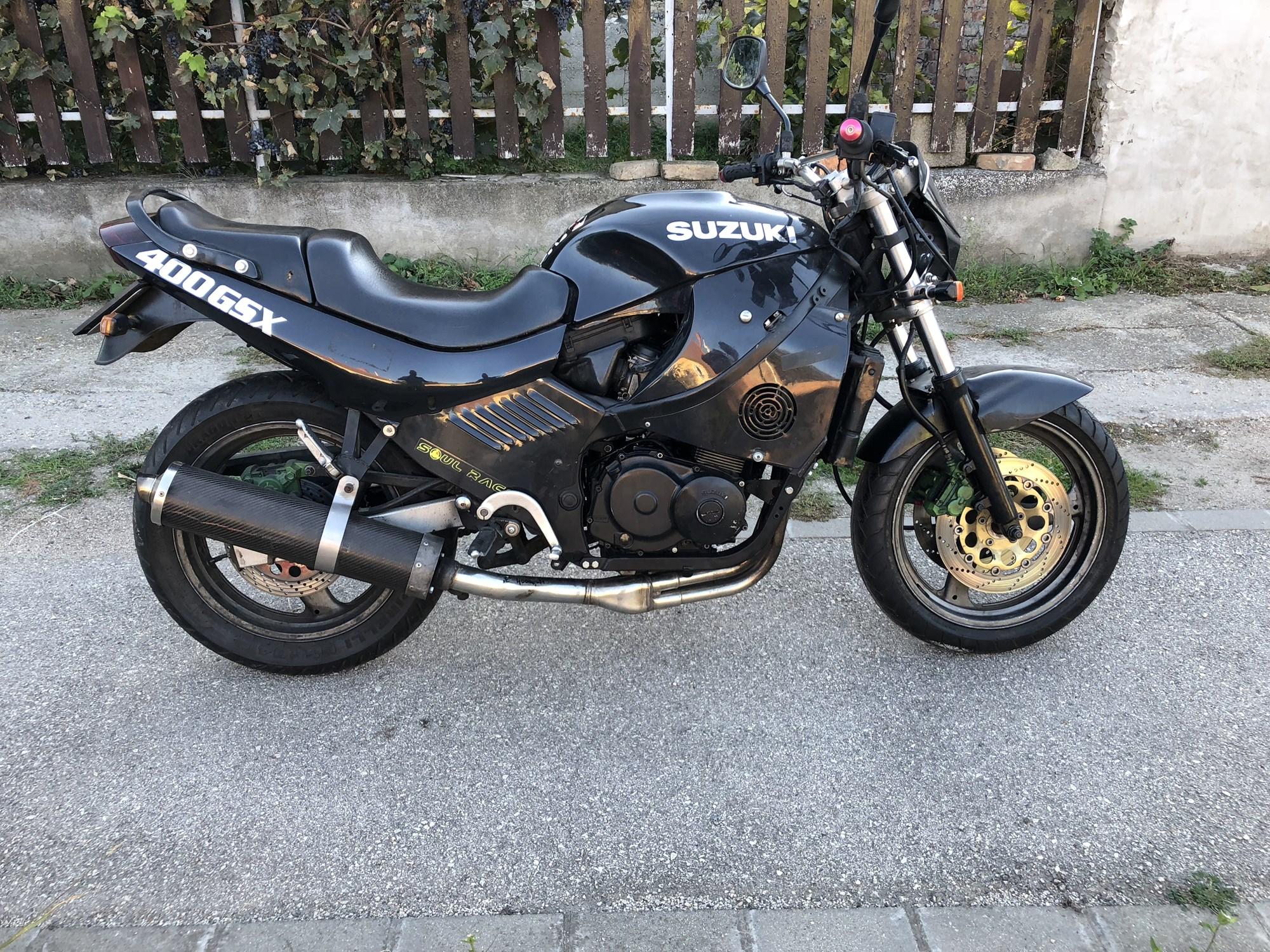 SUZUKI GSF400, 1. kép